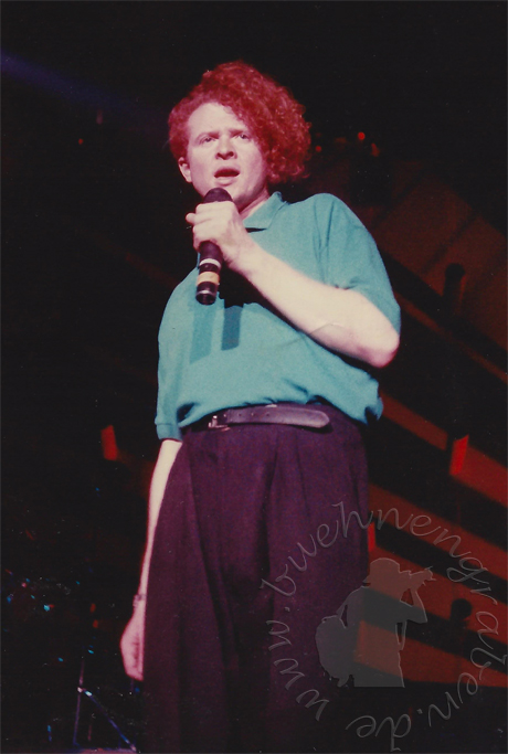 simplyred_19879526_001