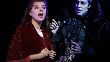 Zum vierten mal in Stuttgart. Die Vampiere kehren auf die Musical-Bühne zurück.
